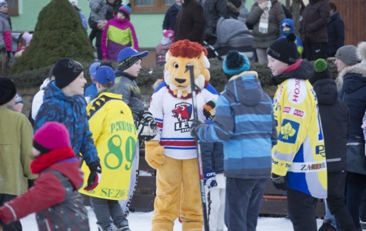 Karneval na ledě v podání hokejistů