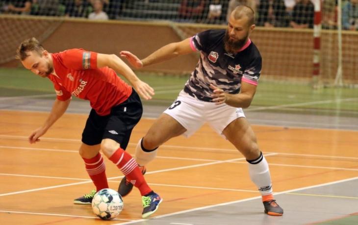 Bazooka v semifinále poháru vyzve Chrudim!