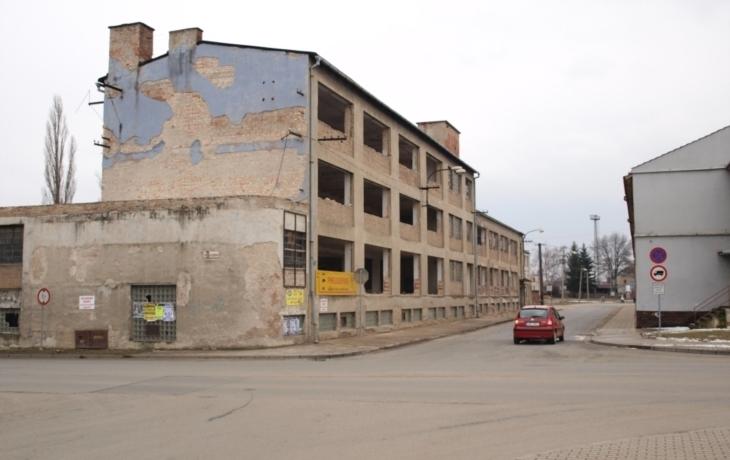 Budova závodu 62 zmizí