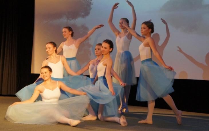 Carmen osvěží malé tanečnice