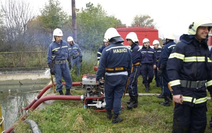 Cvičení dobrovolných hasičů dopadlo na jedničku