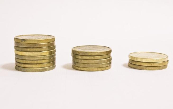 Hradišti chybí peníze, hrozí propouštění a zavírání poboček