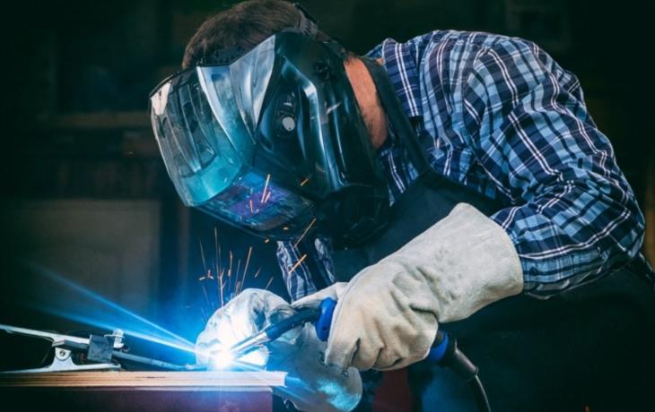 Bez práce je 2 037 lidí, chybí hlavně dělníci-specialisté