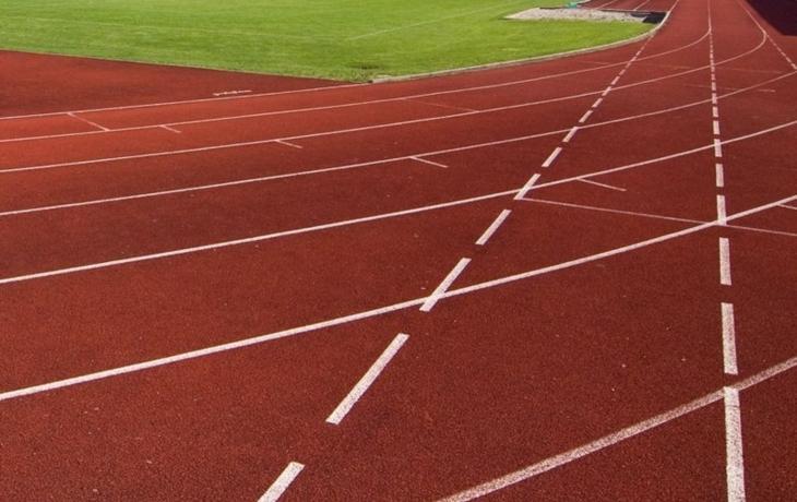 V areálu sokolovny má vzniknout nové hřiště a dráha pro atlety