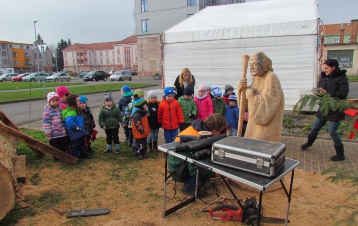 Slovácký betlém má první sochu