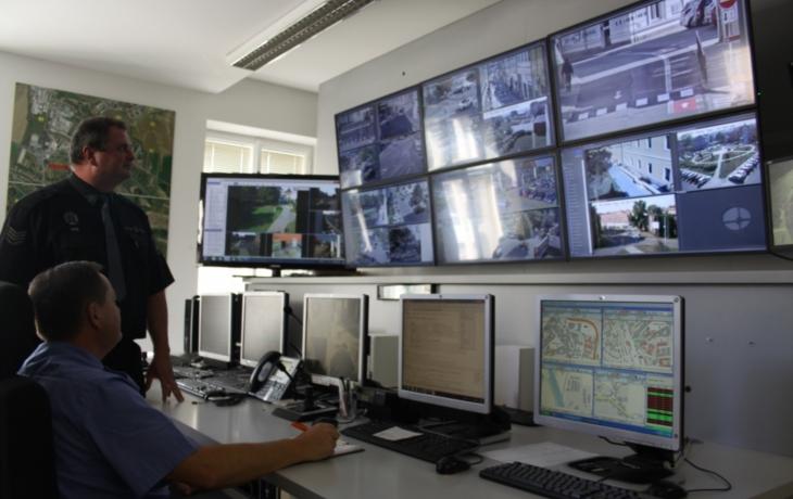 Doba kamenná skončila, město nově hlídá 33 digitálních kamer