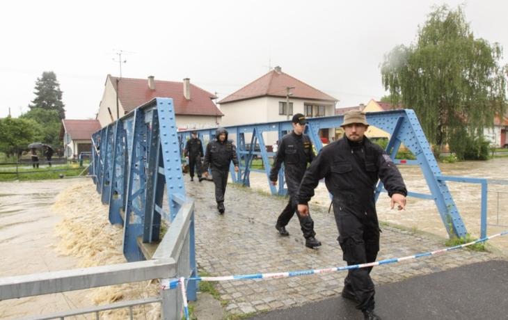 Kunovice se obrní před Olšavou hrázemi a zdmi. Stavba potrvá přes dva roky