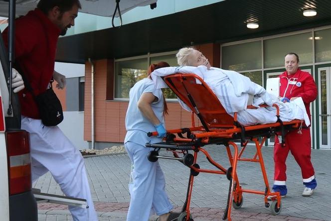 Kulový blesk: Centrální pavilon otevírá ambulance