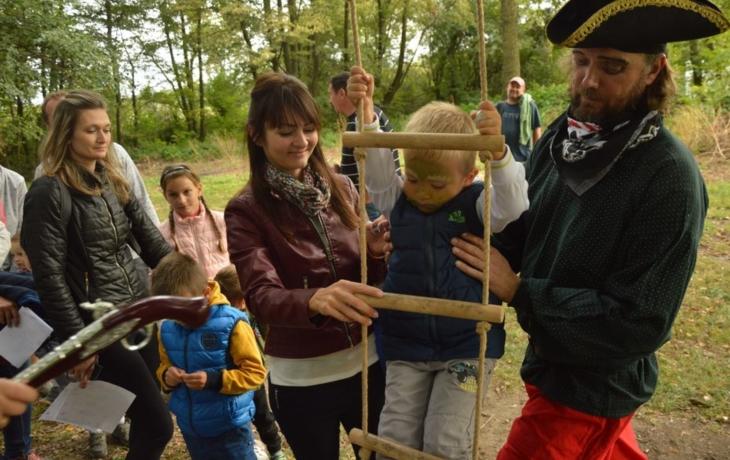 Děti zbavoval strachu pohádkový les
