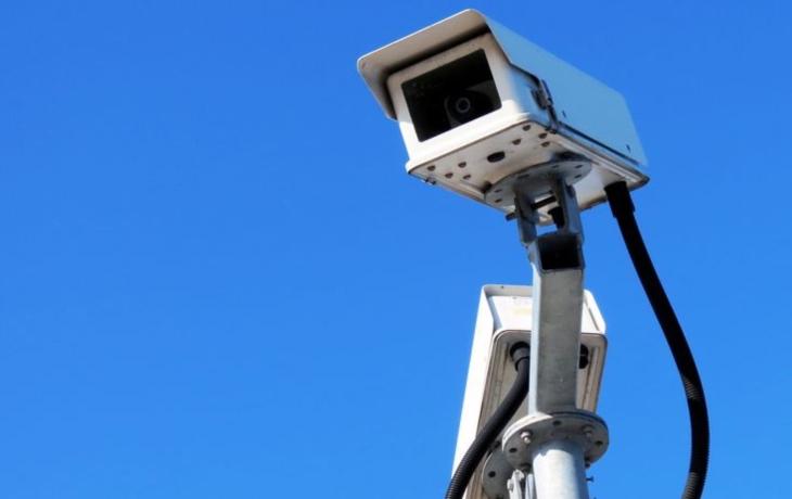 Strážníci jezdí do parku i desetkrát denně, pomůže jim kamera