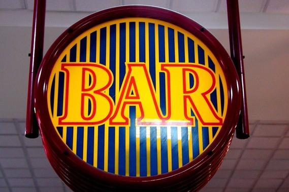 Stížnosti zabraly, radnice změří hluk z barů a restaurací