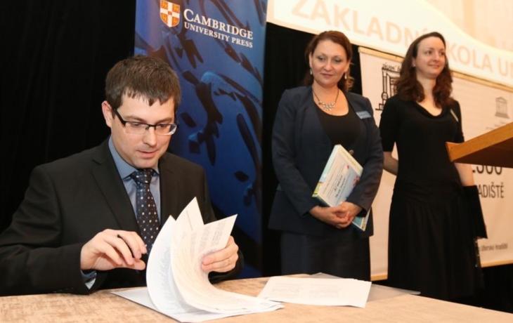 UNESCO usiluje o status Cambridge English Schools