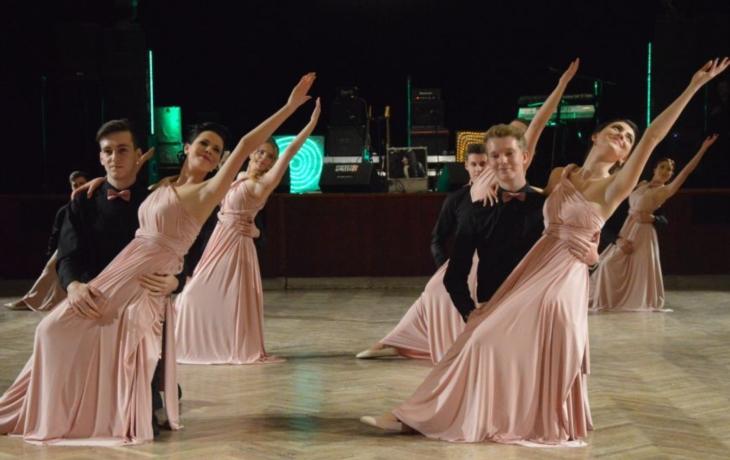 Mažoretky střídaly moderní tance