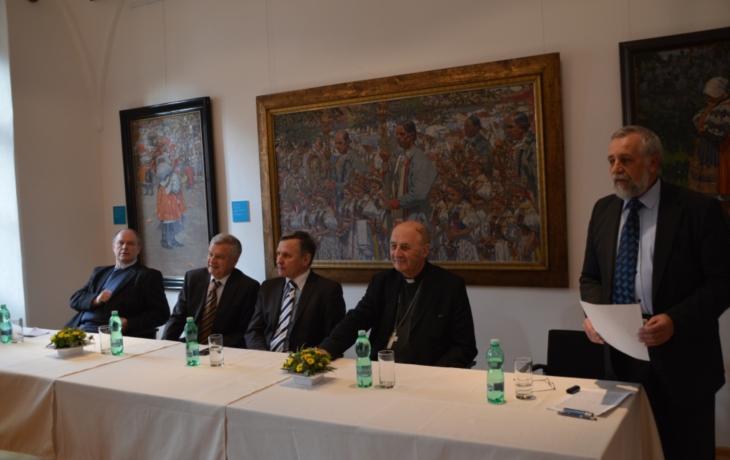 Uprkův cyklus Křížové cesty představen v Uherském Hradišti