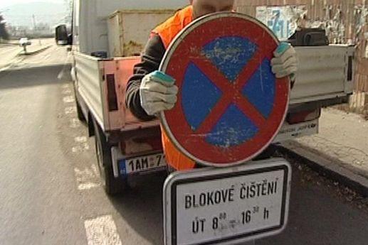 Řidiči, opusťte ulice! Začíná blokové čištění