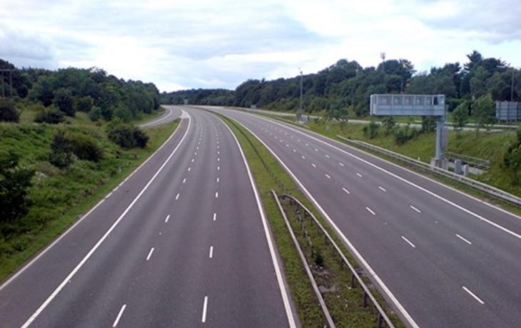 Odborníci žádají: Dostavte dálnici!
