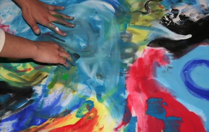 Trable zmizí na umělecké terapii