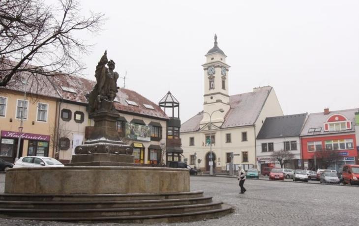 Masarykovo náměstí chtějí bez bariér, postaví i elektrosloupky