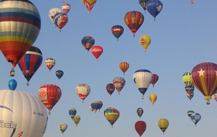 Balonové létání je HITem sezony