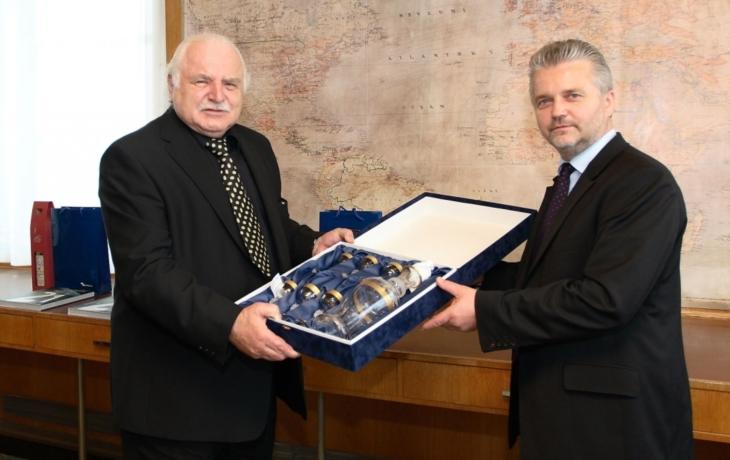 Zlínský kraj představí Baťu v Národní galerii v Praze