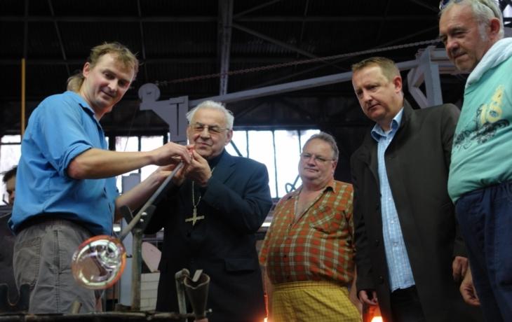 Skláři z Květné zajistí i ruské Vánoce
