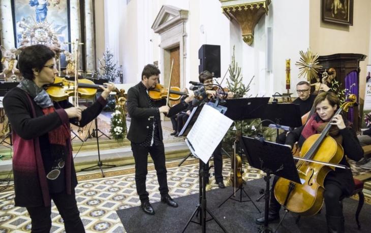 Benefiční koncert si vychutnal zaplněný kostel