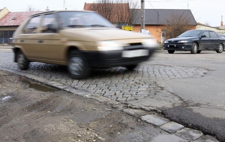 Vysvědčení silnic: nejlepší jsou na Hradišťsku