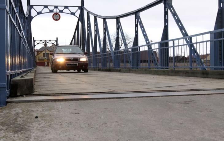 Přes most projede jen sto vyvolených
