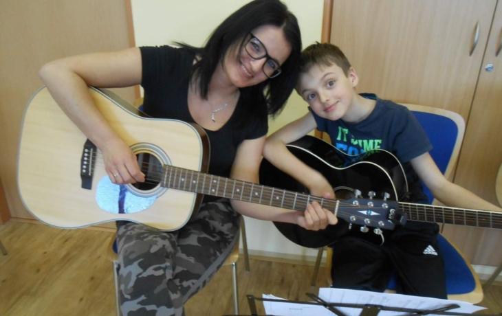 Kytaristé se zdokonalovali na soustředění