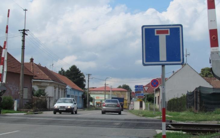 V Ostrohu mají slepou ulici, kterou se dá projet