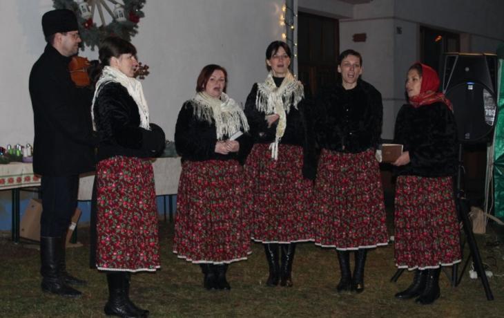 Společným koledováním zahájili advent v Kudlovicích