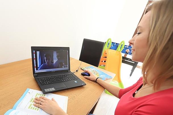 Nejmenší škola v kraji vyučuje on-line