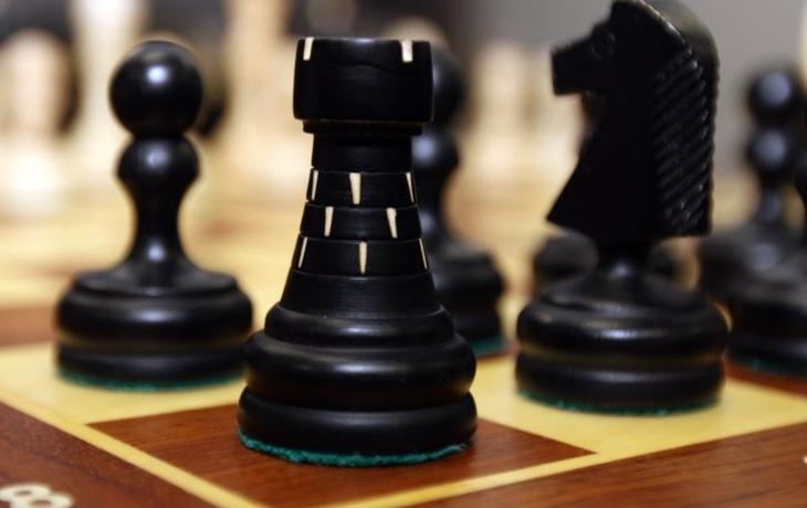 Plenili na cizích šachovnicích