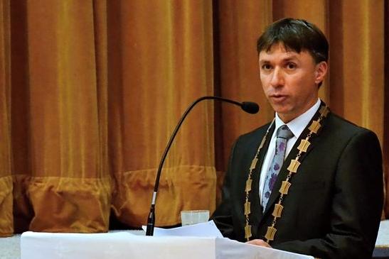 Senátor Kunčar bude neuvolněným starostou