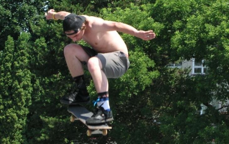 Skatepark: nové zatáčky, muldy i kopce?