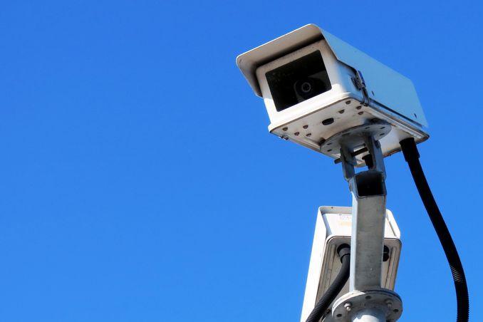 Zloděje a výtržníky odhalí IP kamery