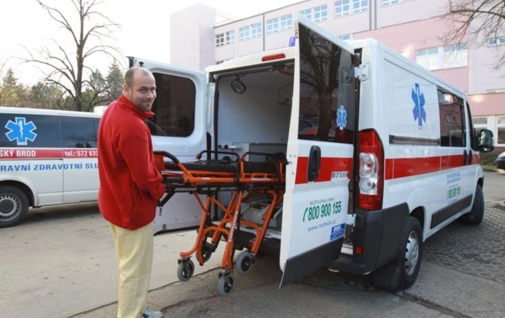 Nemocnice si koupila další sanitku, zvyšuje komfort pacientů