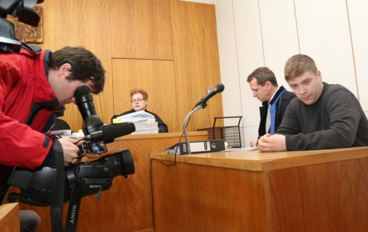 Plášek jde opět k soudu, znovu mu hrozí až šest let