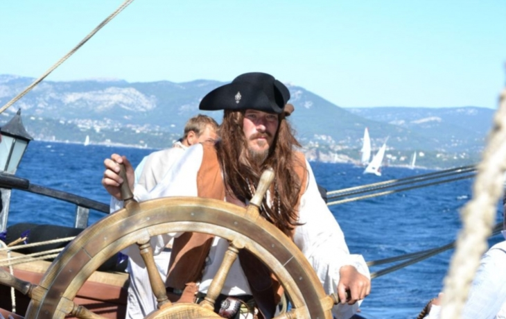 Plachetnici hnali za vítězstvím, nasadili i prostěradla