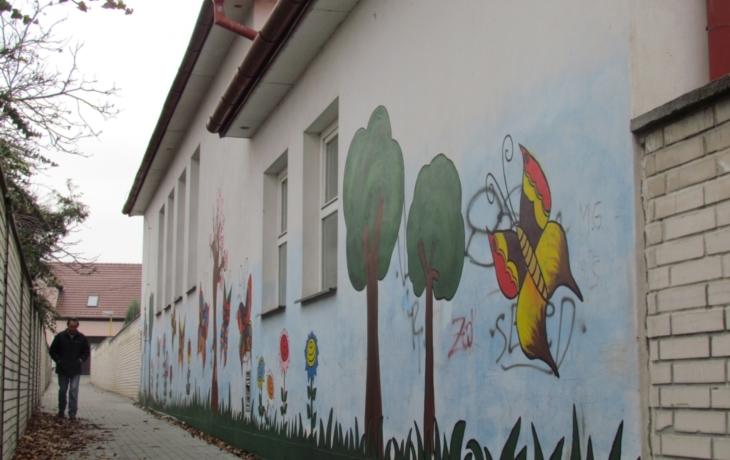 Barevné Veselí aneb malování na zdech povoleno