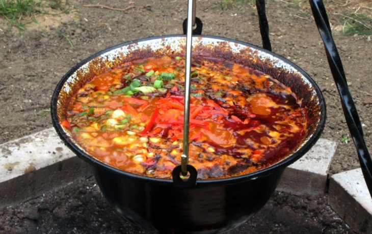 Recesistické vaření guláše v Javorníku