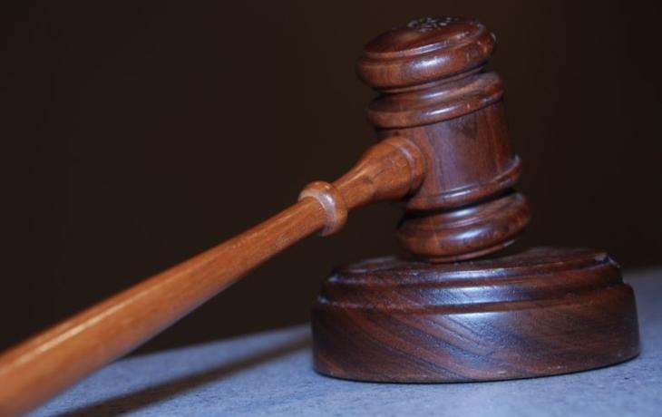 Soud vyřkne ortel nad parašutistou Šťastným