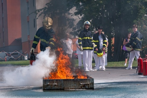 Ve špitále hořelo, lékaři a sestry obstáli