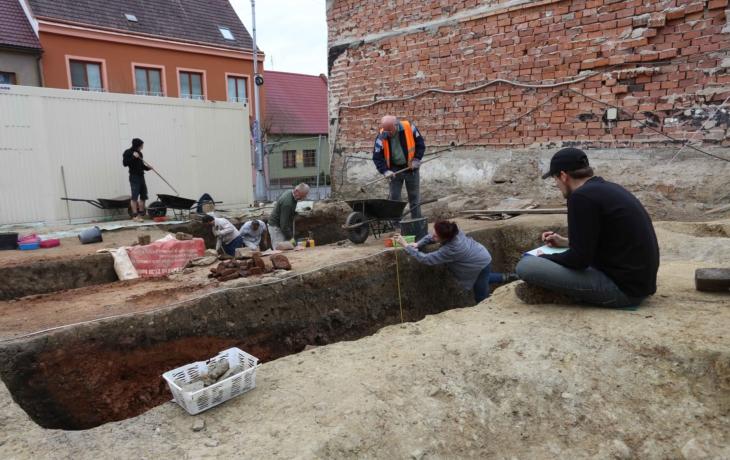"""Archeologové odjeli, vznikne """"kombinovaný"""" dům"""