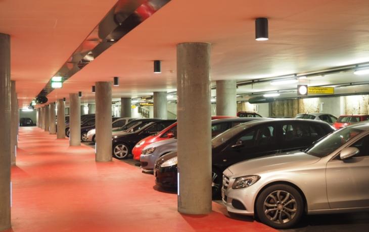 Nový parkovací dům se už rýsuje, ale ožije jen s dotací