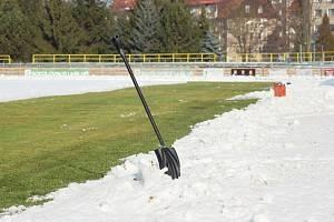 Zima odložila víkendové fotbaly, velikonoční slavnosti program nemění