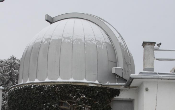 """Do hvězdárny """"táhne, bude nová střecha"""