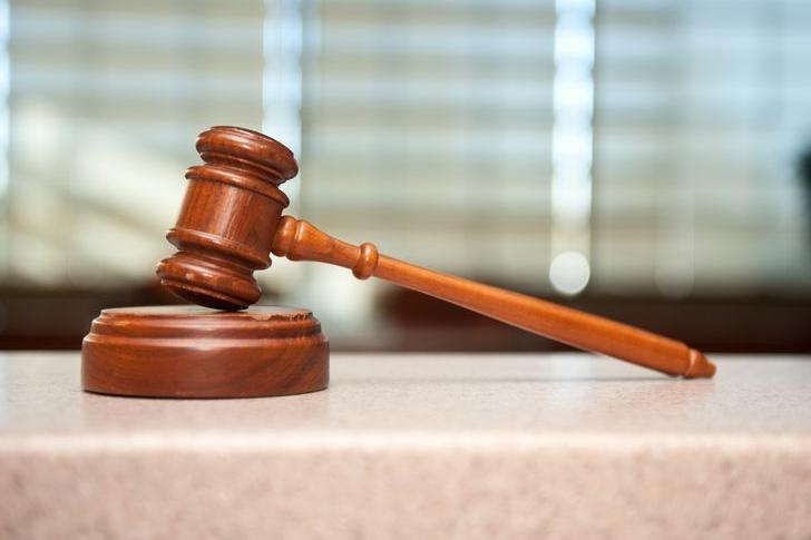Účetní a bývalý starosta míří k soudu, obec chce zpátky 130 tisíc