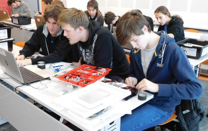 Studenti oboru elektrotechnika uspěli