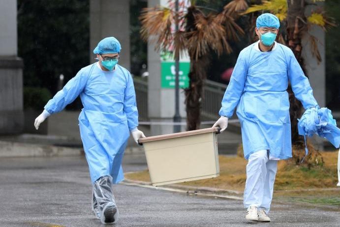 Konec obav. Muže, kterého přijali na infekčním oddělení, koronavir nenapadl